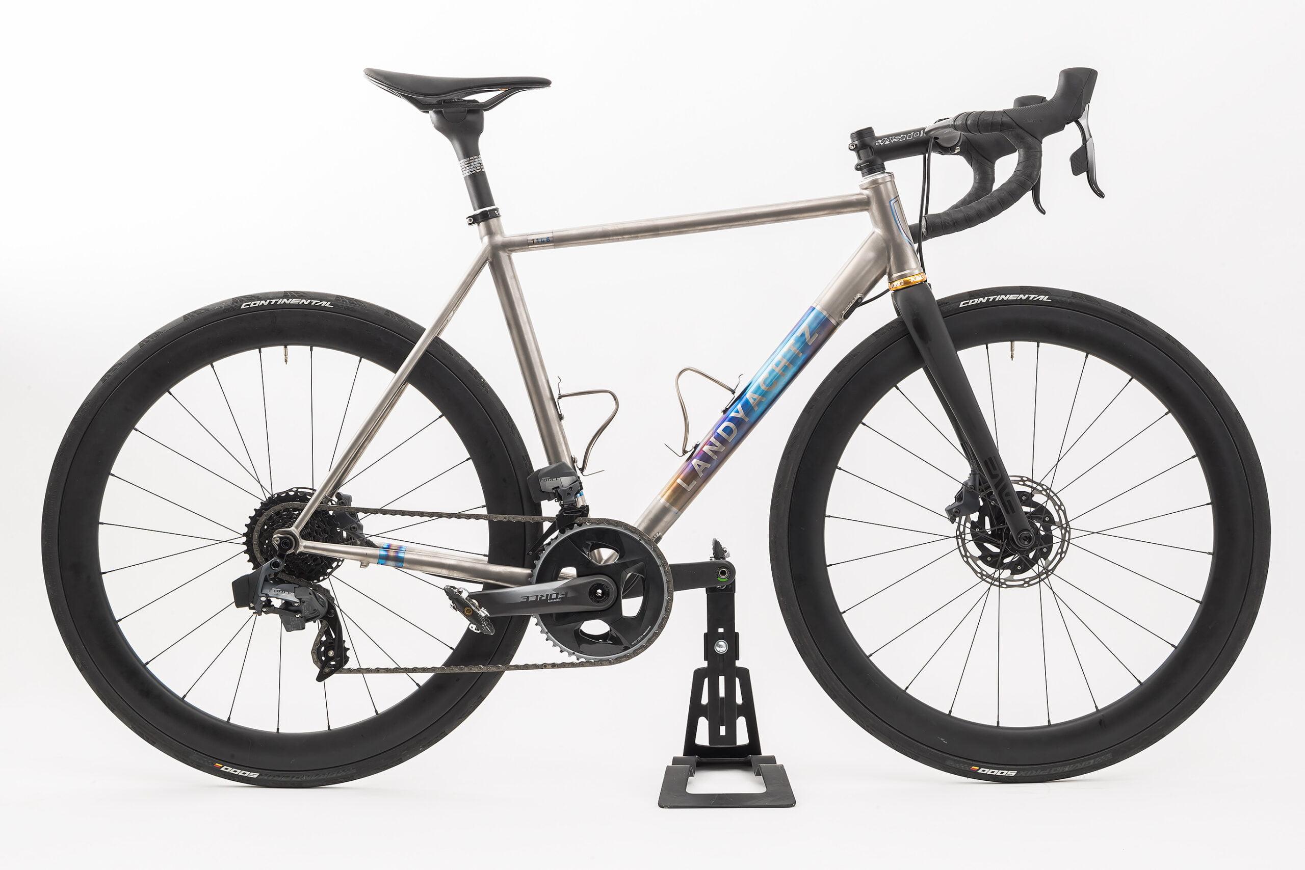 landyachtz-bikes-AD_1620