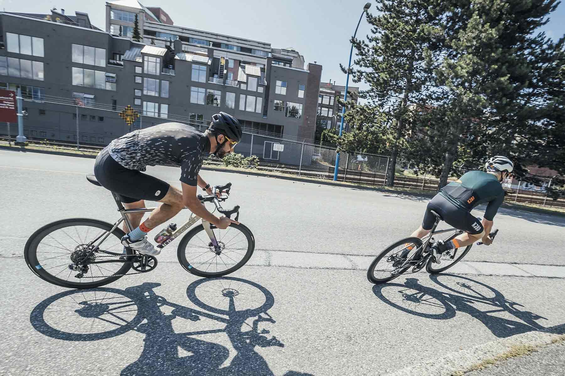 Landyachtz-Bikes-custom_theride_photo