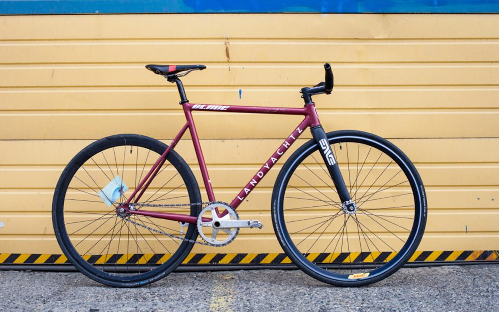 Landyachtz-Custom-bike-Wolf's-Custom-Bikes-16