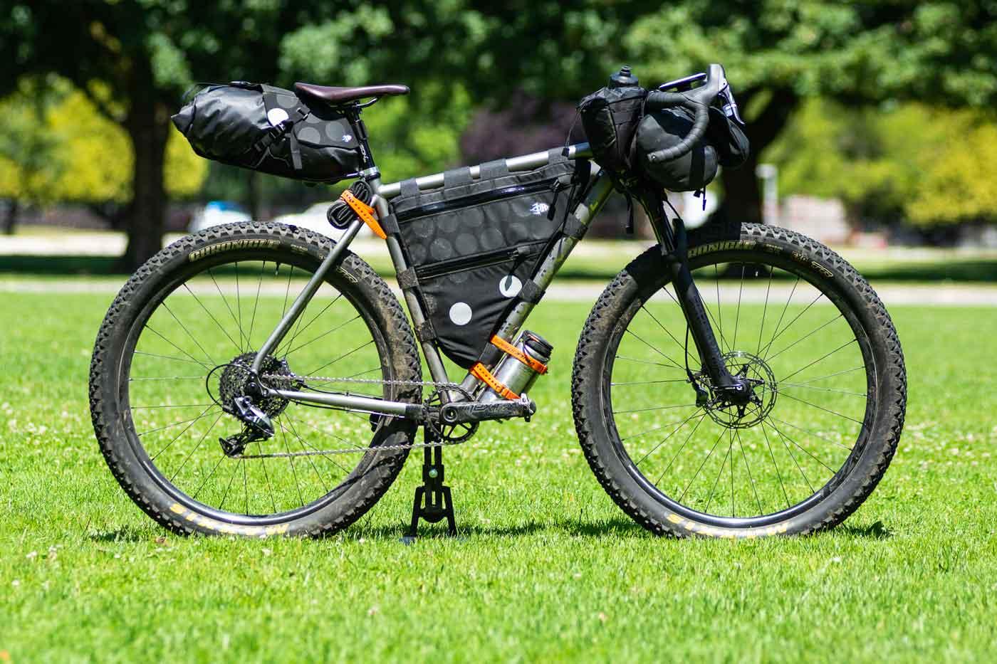 Landyachtz_Frame_Sets_Titanium_Monster_Bikes_George-Monster-Strath2593