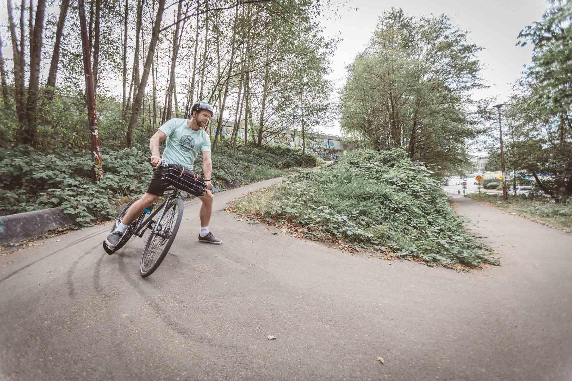 cb1-landyachtz-bikes
