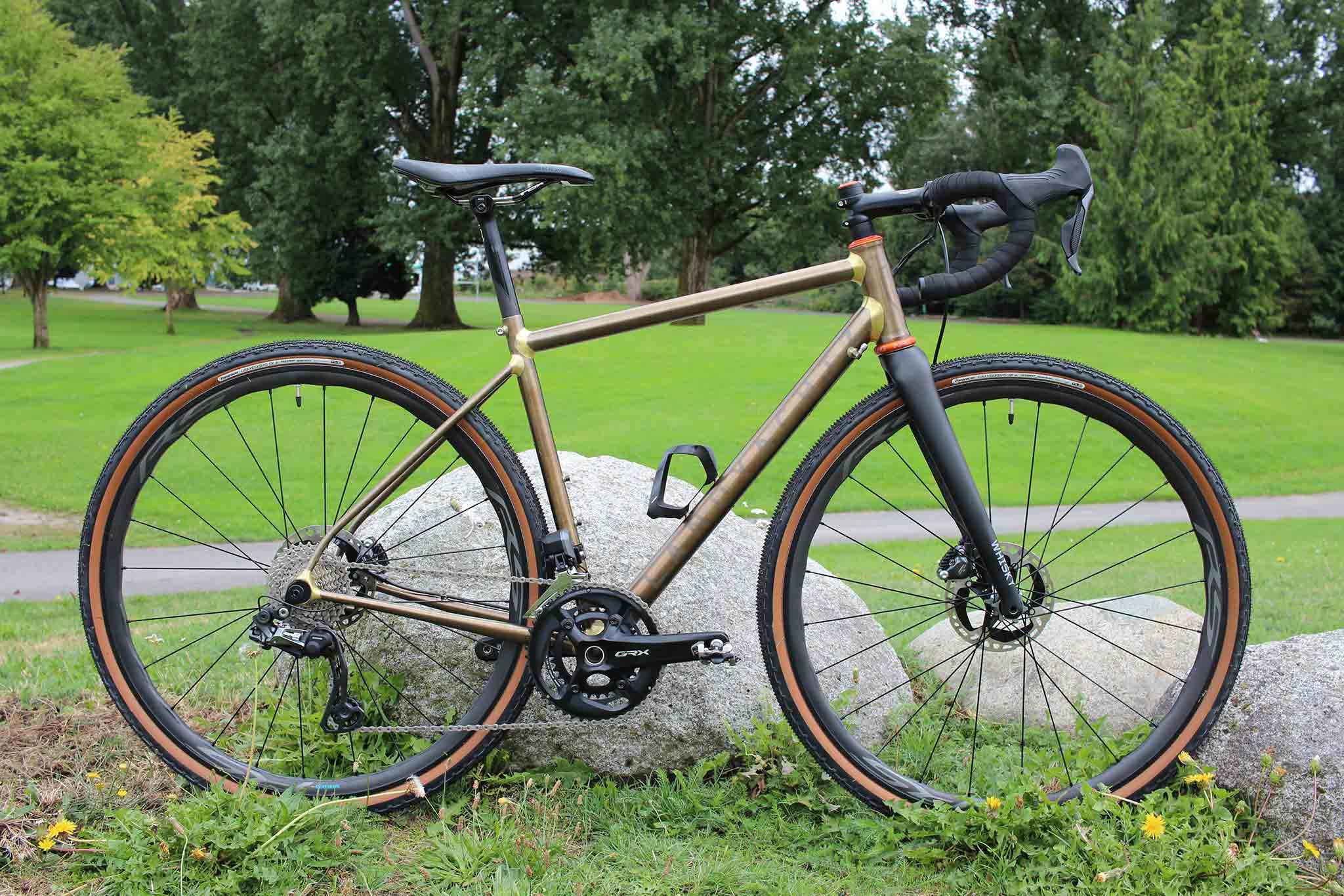 doug-custom-landyachtz-bike-IMG_7097